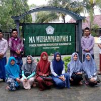Mahasiswa PKL di MA Muh 1 Paciran